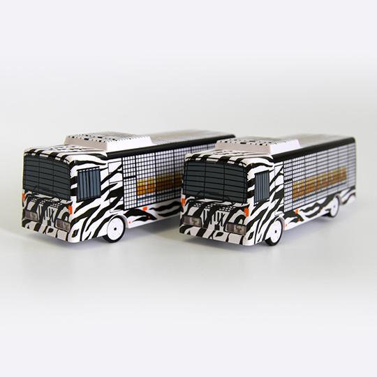 スーパージャングルバス貯金箱
